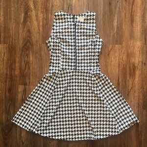 Michael Kors Short Dress- Herring Bone Size 6